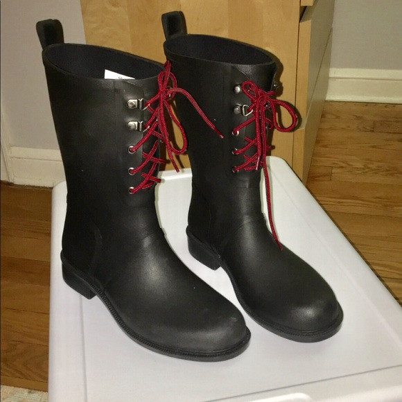 lace up mud boots